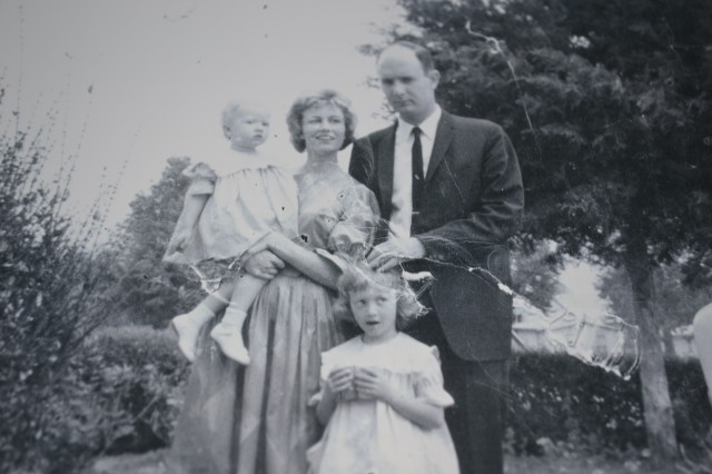 Mom, Dad, Paula & Renae