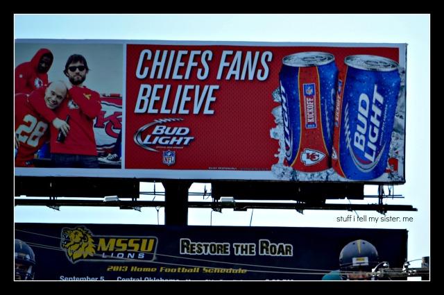 Chiefs Fans sign