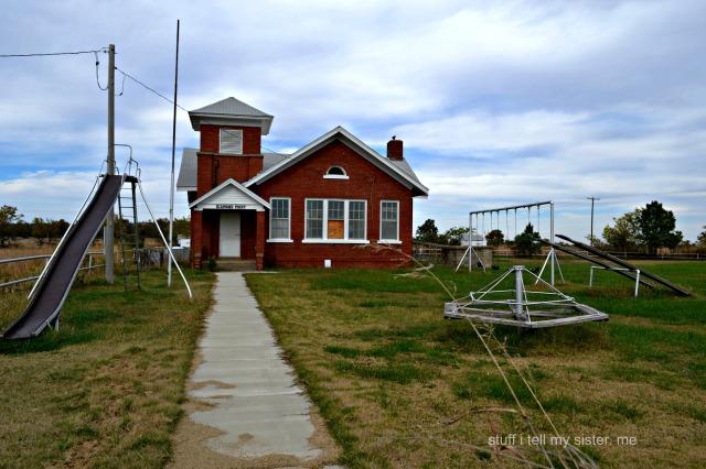 diamond point school yard1