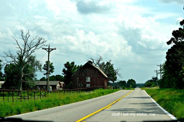 summer drive barn